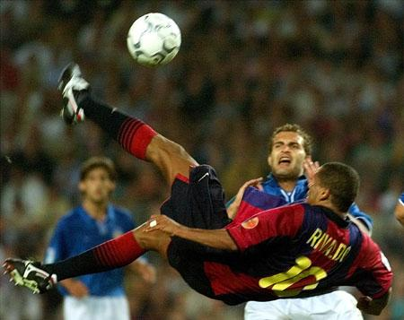 http://equaliserblog.files.wordpress.com/2010/08/rivaldo.jpg